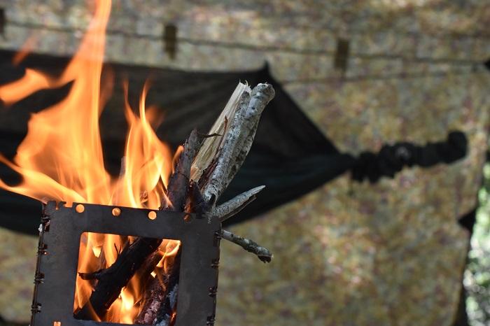 DDタープの下で焚き火をする対処法