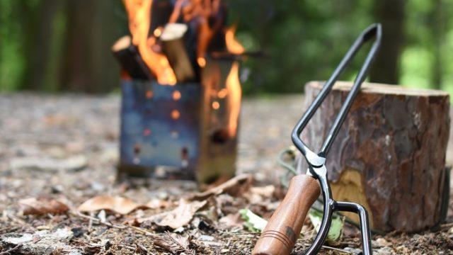 テオゴニアの火ばさみファイヤープレーストング