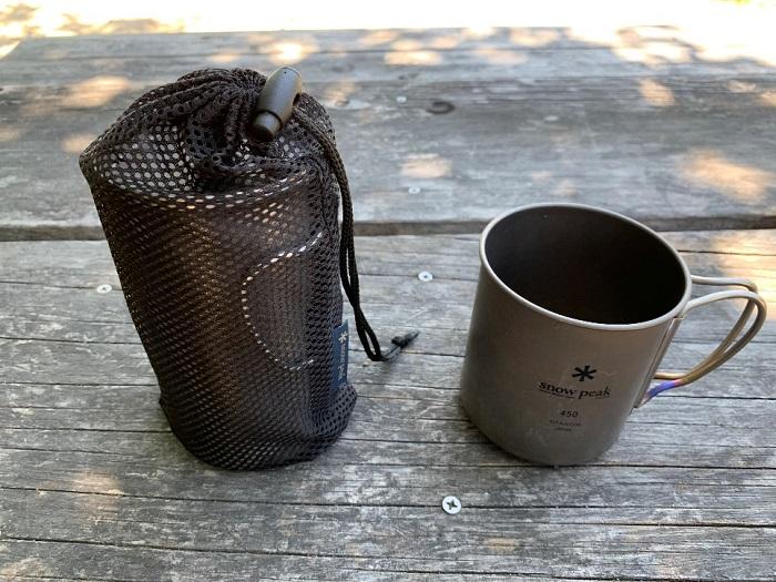 スノーピークのカフェプレスとマグカップ