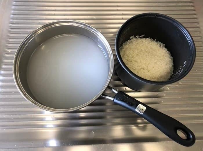 米と米のとぎ汁