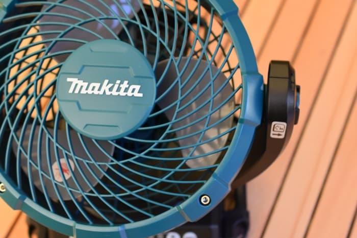 キャンプ扇風機マキタ