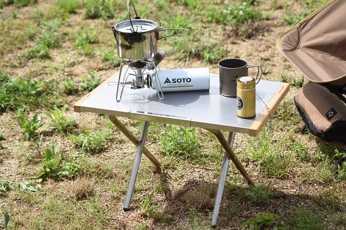 ハイスタイルのソロキャンプテーブル