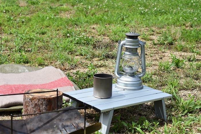 ロースタイルのソロキャンプテーブル