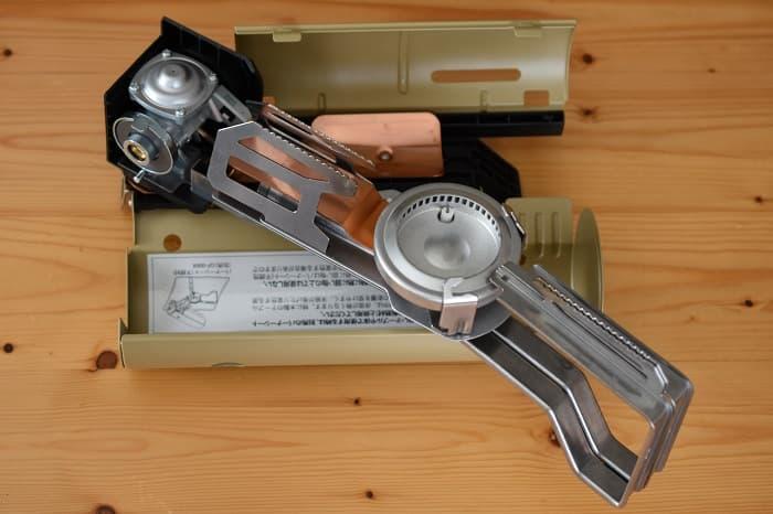 SnowPeek(スノーピーク)カセットコンロ「ホーム&キャンプバーナー」GS-600のバーナーユニットを動かす
