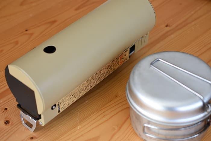SnowPeek(スノーピーク)カセットコンロ「ホーム&キャンプバーナー」GS-600と小さいクッカー