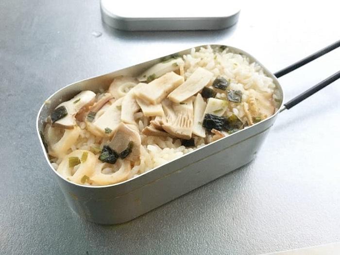 インスタントお吸い物を使った松茸ご飯風簡単レシピ