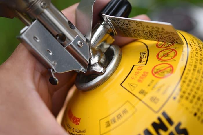 使い方と注意点①燃料の付着による火傷に注意!