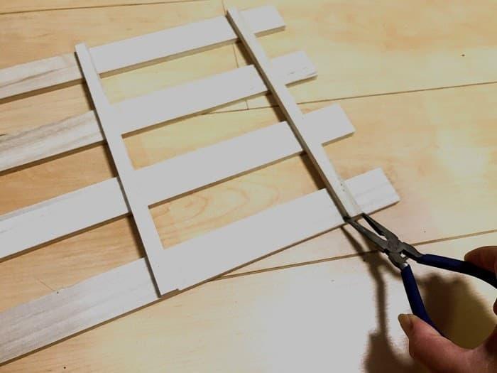 100均素材のキャンプテーブルの自作の手順