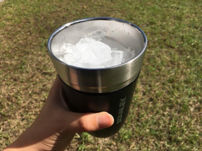 氷は本当に溶けないのか?保冷力を検証