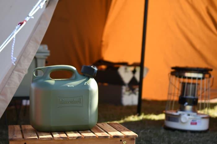 キャンプの持ち運びに便利なおしゃれな灯油タンクのまとめ