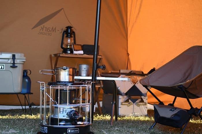 ソロキャンプにもちょうど良いコンパクト灯油ストーブ