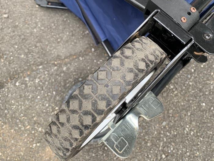 アウトドアワゴンのタイヤの大きさや素材