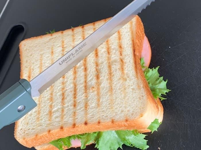 アウトドアにパン切りナイフは必要?