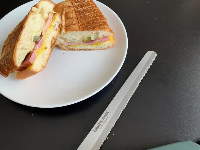 ユニフレームのパン切りナイフ「FDブレッドナイフ」
