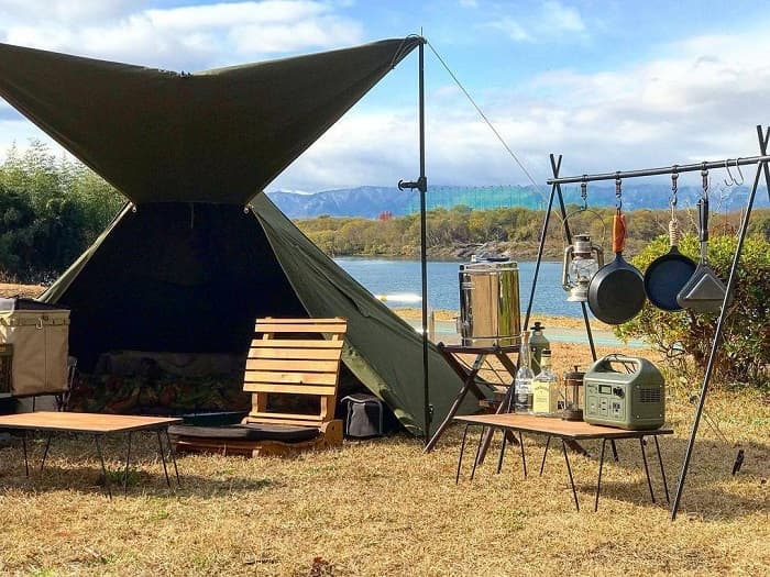 キャンプで使う日本製ポータブル電源