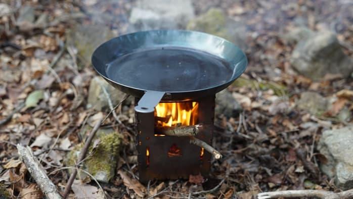 ハイランダーの焚き火フライパン