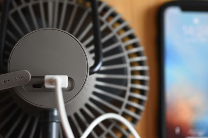 クレイモアFAN V600扇風機の充電