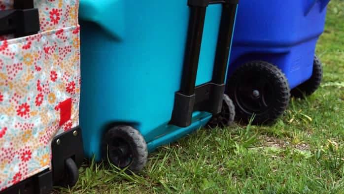 タイヤ付きクーラーボックス