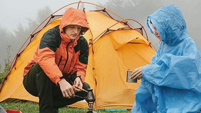 雨キャンプの服装