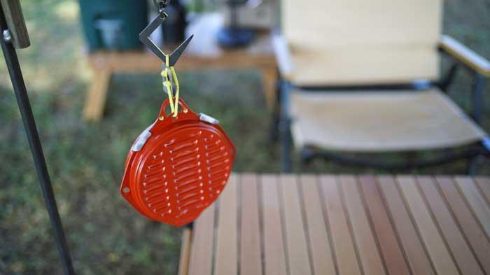 屋外で蚊取り線香を使うなら吊るし型ホルダーがなぜ安全?