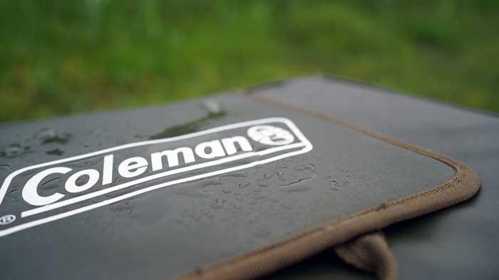 ColemanアルティメイトアイスクーラーⅡは雨に強い