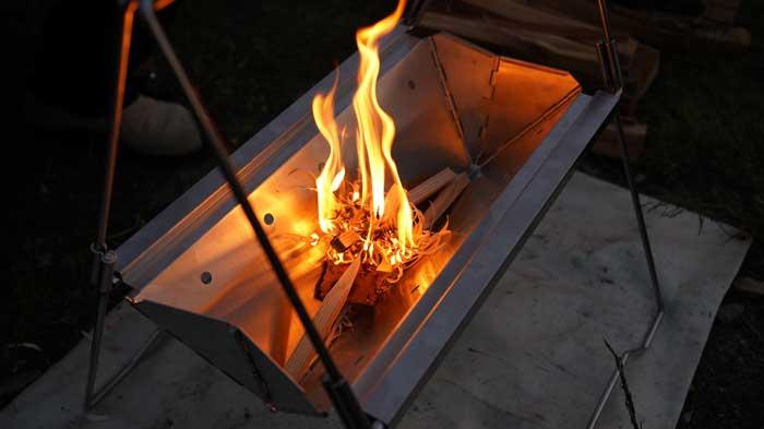UNIFLAME(ユニフレーム)焚き火ベースsoloのレビュー