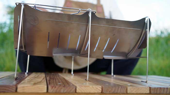 ベルモント焚き火台「TABI(タビ)」で使用できる薪の長さや太さと安定感